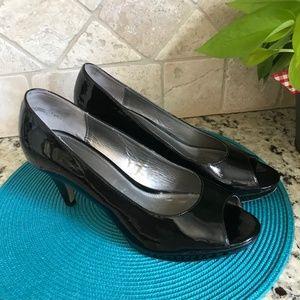 Bandolino Black Patent Peep Toe Heels